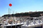 pub-ballon-geant-edmiston-port-yacht