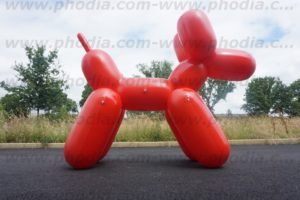 chien gonflable geant